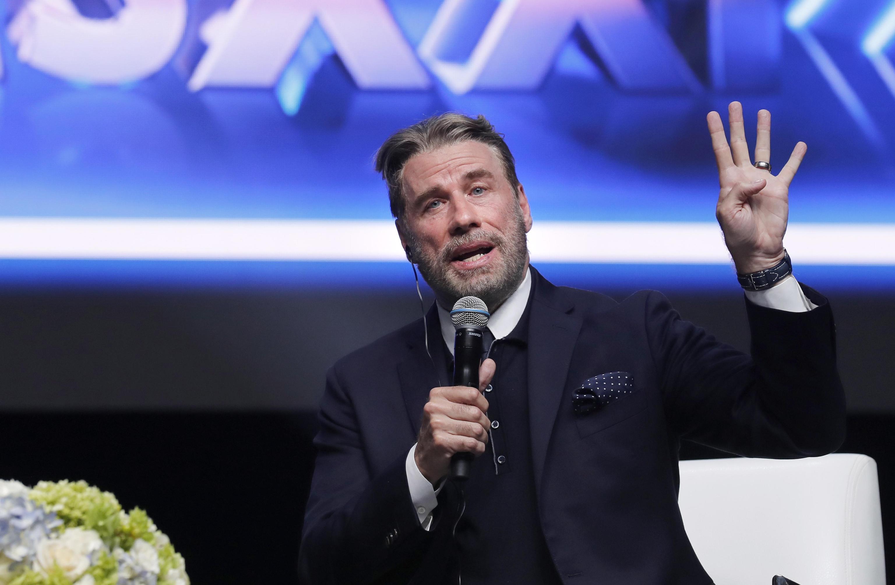 John Travolta a Sanremo Young: 'Ai giovani dico di avere fiducia nelle loro capacità'