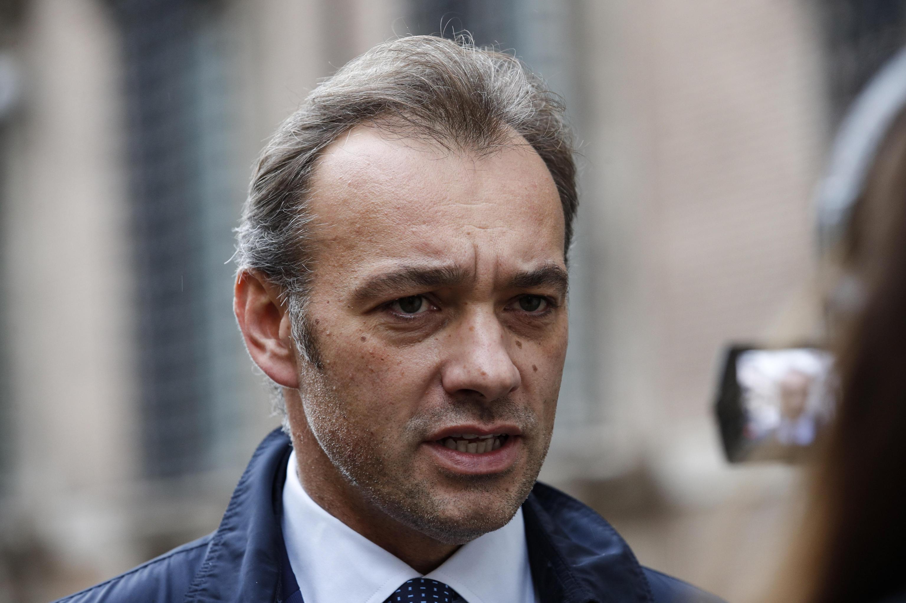 Il senatore PD Matteo Richetti investito a Roma