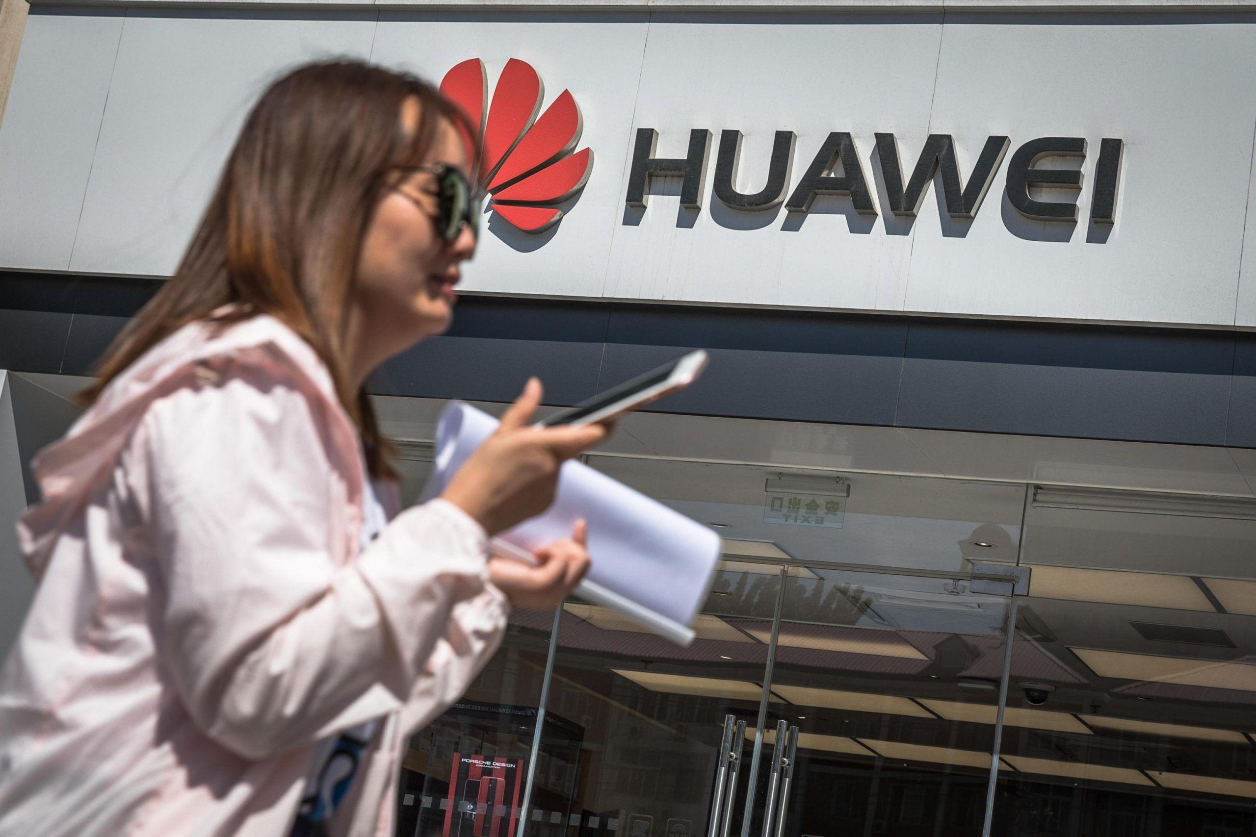 Huawei: se Google toglie la licenza Android cosa succede agli utenti?