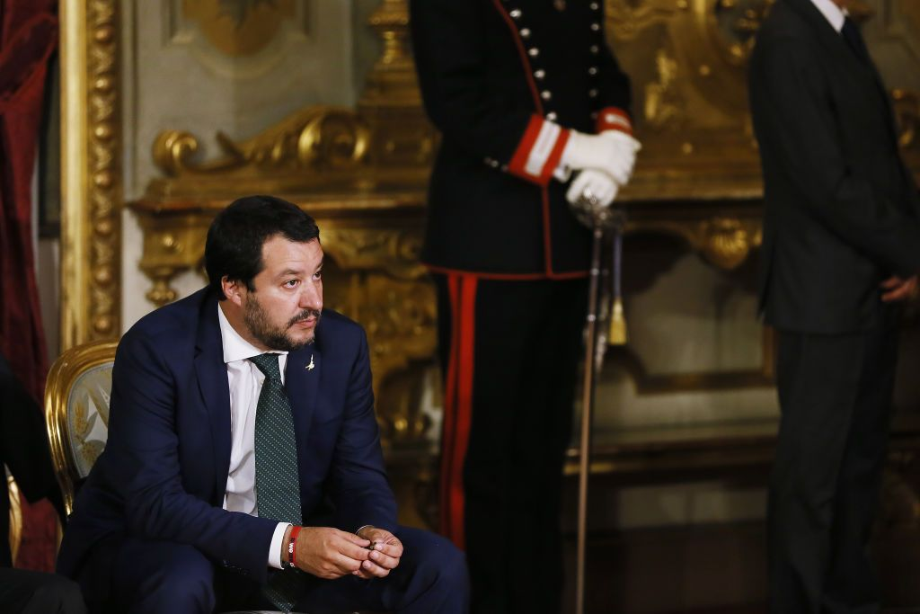 Decreto sicurezza bis: Salvini mette all'angolo le ONG con multe e confische