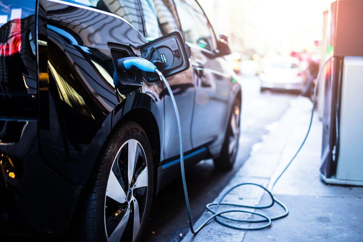 Auto elettriche, incentivi e novità: i vantaggi delle auto green