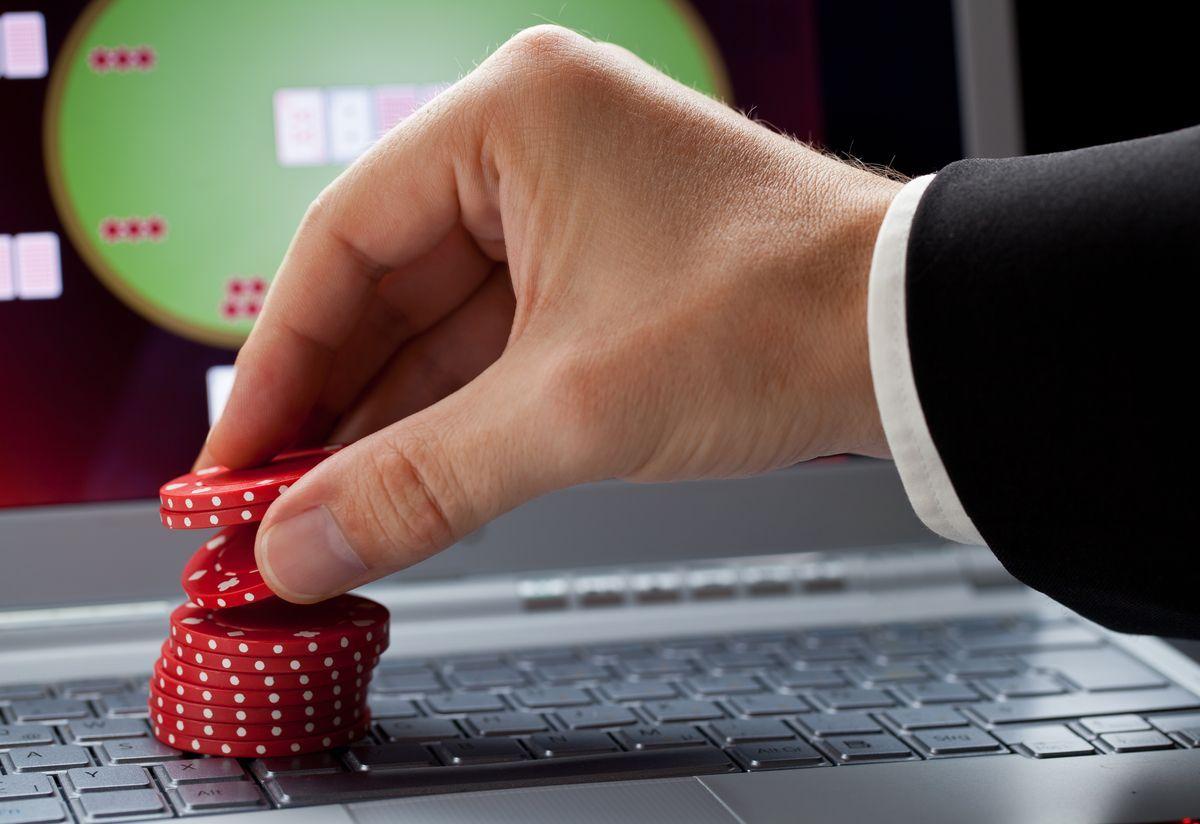 giocatore di poker online