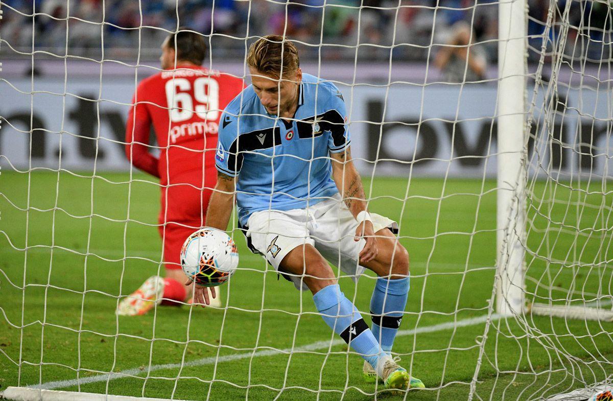 Ciro Immobile dopo il gol del pari contro la Fiorentina