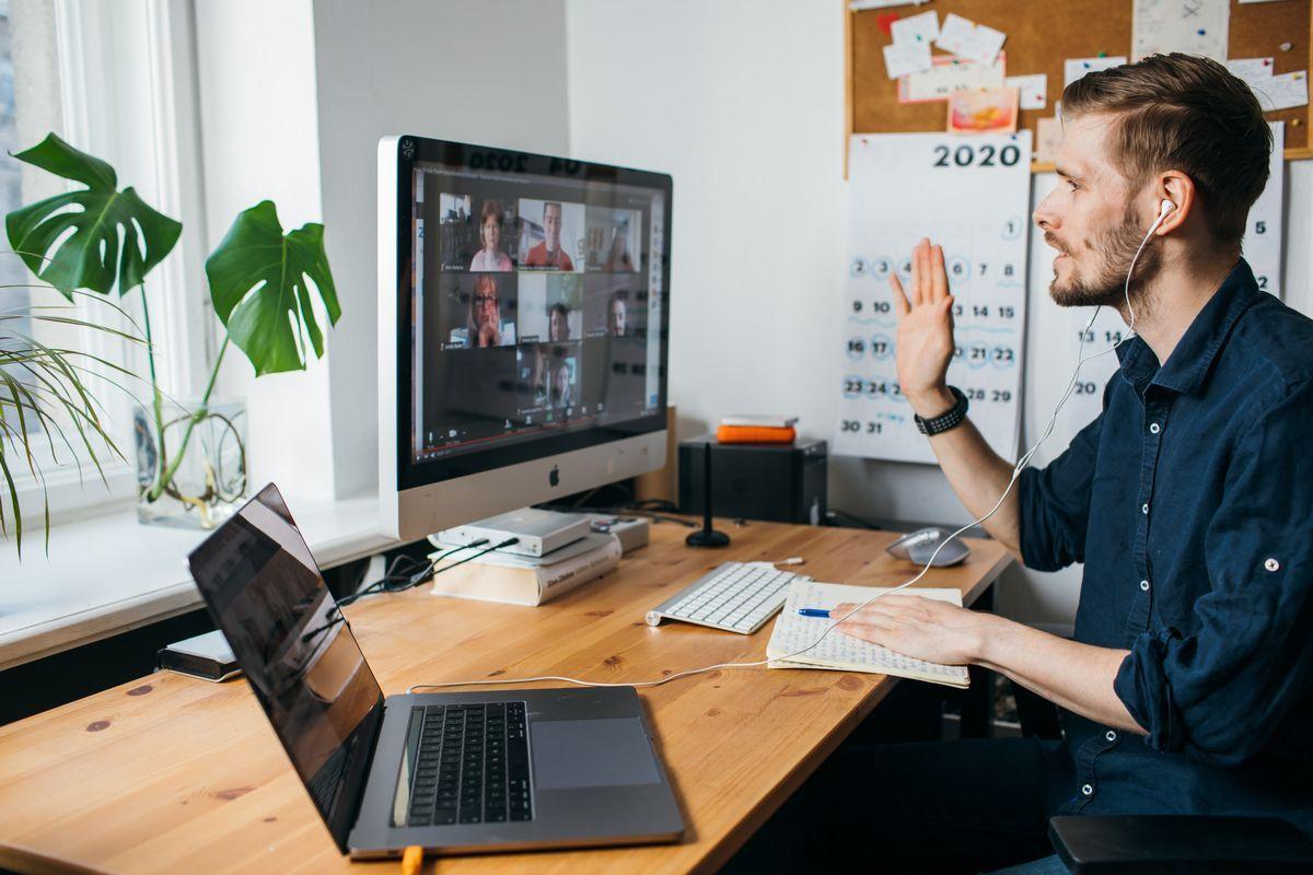 Lavoro tra smart working e dematerializzazione: pro e contro