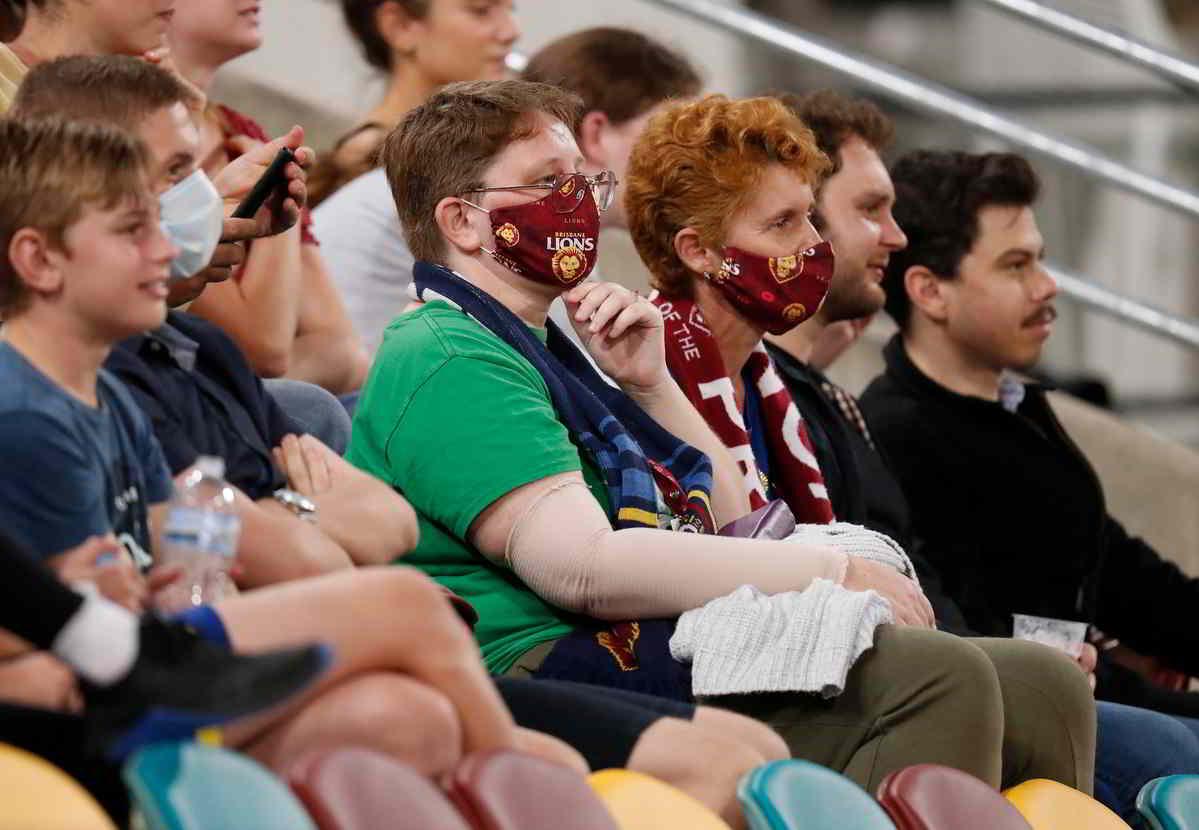 Il ritorno dei tifosi negli stadi, paese per paese