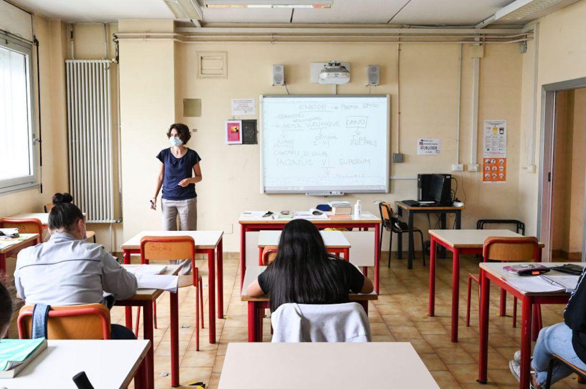 Coronavirus, Milano: raddoppiati i contagi nelle scuole nell'ultima settimana