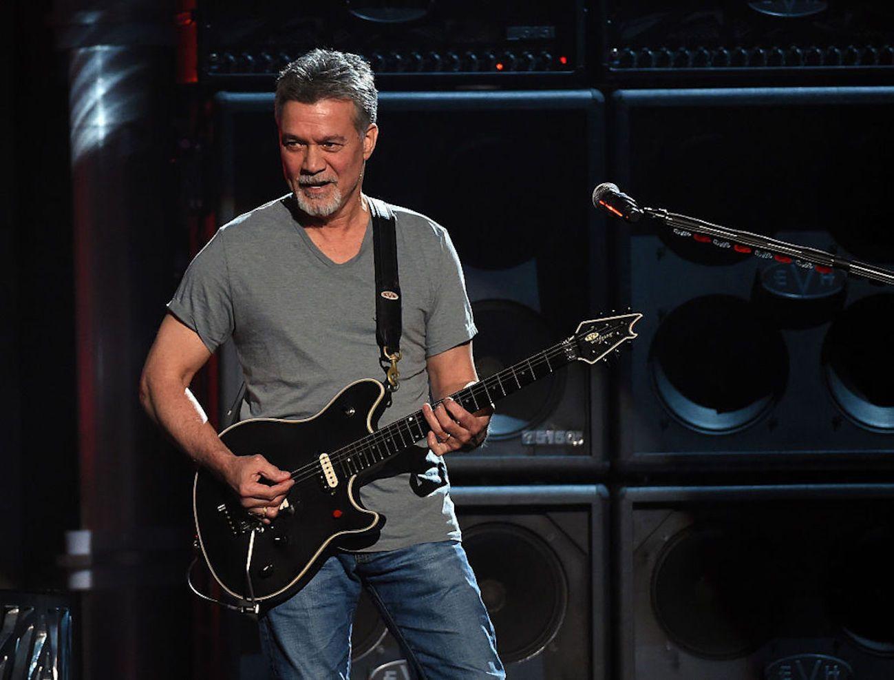 Addio a Eddie Van Halen, chitarrista e fondatore della band Van Halen