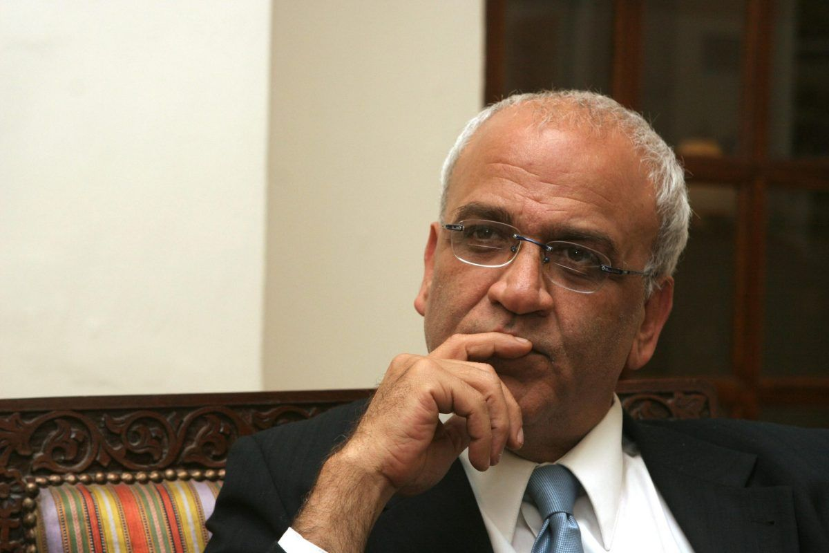 Saeb Erekat: in coma il segretario generale dell'Olp, positivo al Covid