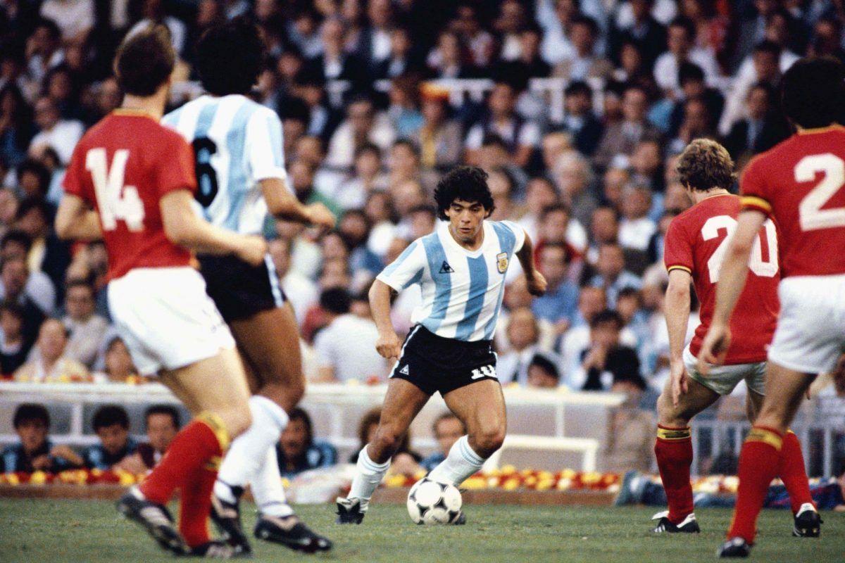 Diego Armando Maradona: compie 60 anni El Pibe de Oro