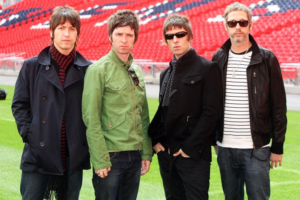 """""""(What's the Story) Morning Glory?"""" il disco più venduto degli Oasis compie 25 anni"""