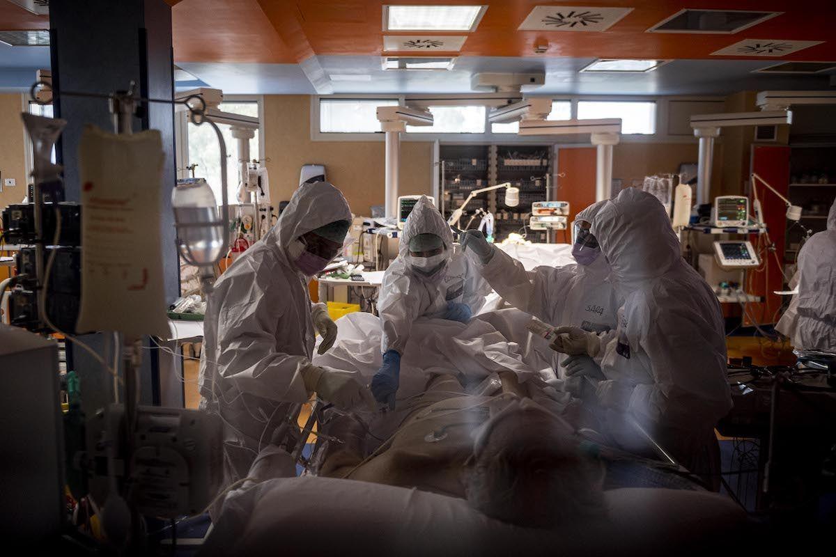 terapia intensiva reparto covid-19 coronavirus