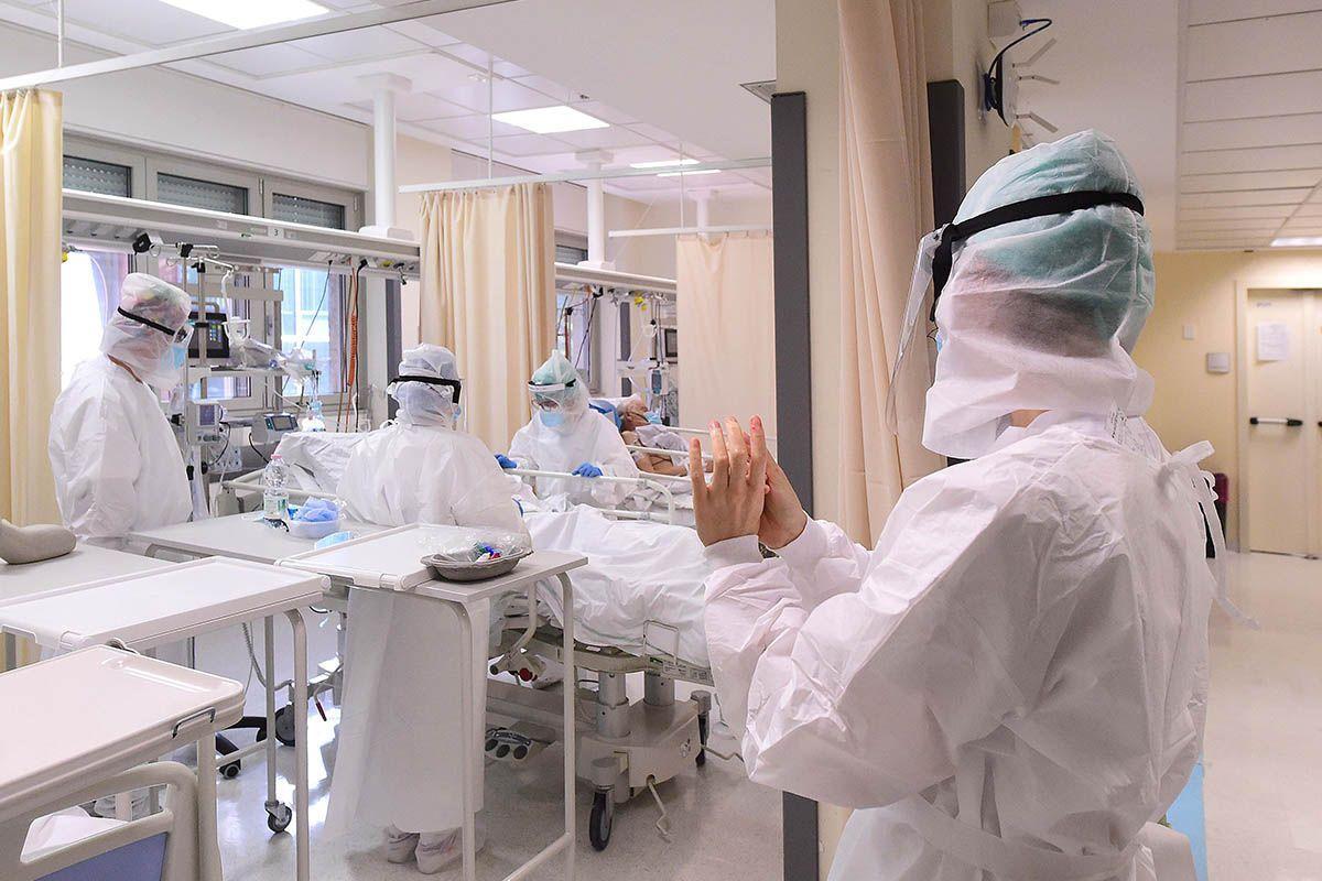Bollettino Covid-19 del 16 novembre: 27.354 nuovi casi e 504 le vittime