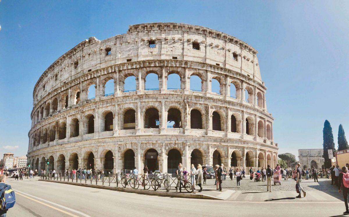 Turismo stroncato dalla pandemia: in Italia persi 53 miliardi in un anno