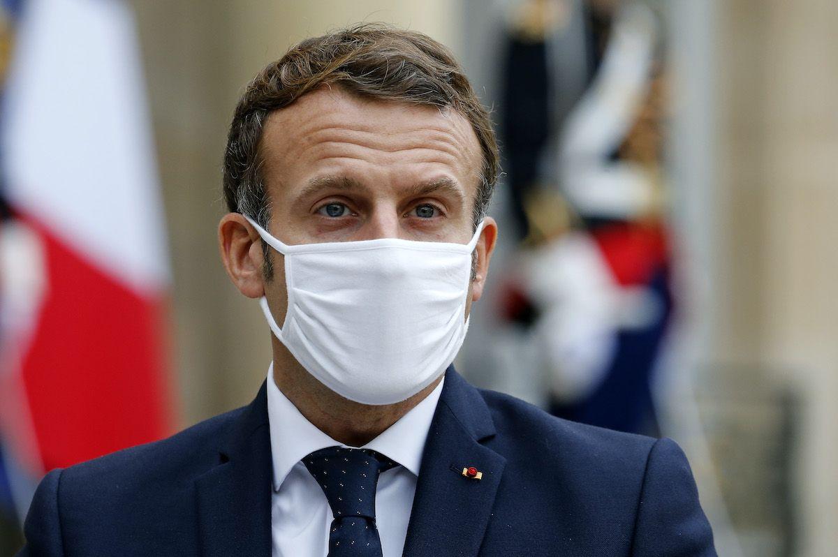 Macron positivo a Covid-19, lavorerà in isolamento per 7 giorni