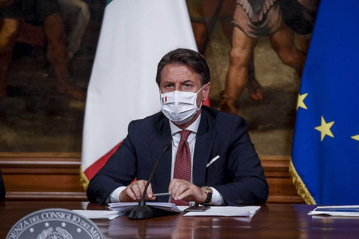Sondaggio Demopolis, Conte promosso dal 44% degli italiani