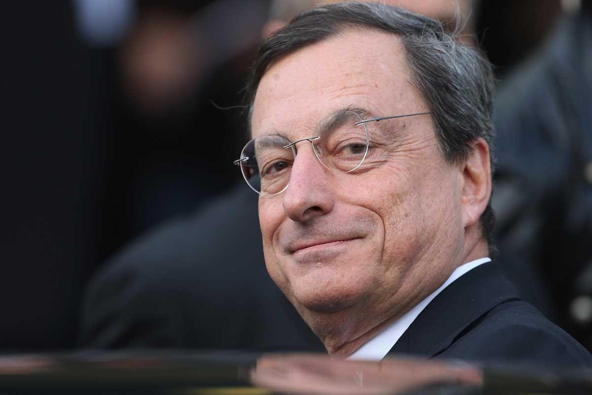 Draghi: finite le consultazioni ora aspetta il voto su Rousseau (rimandato)