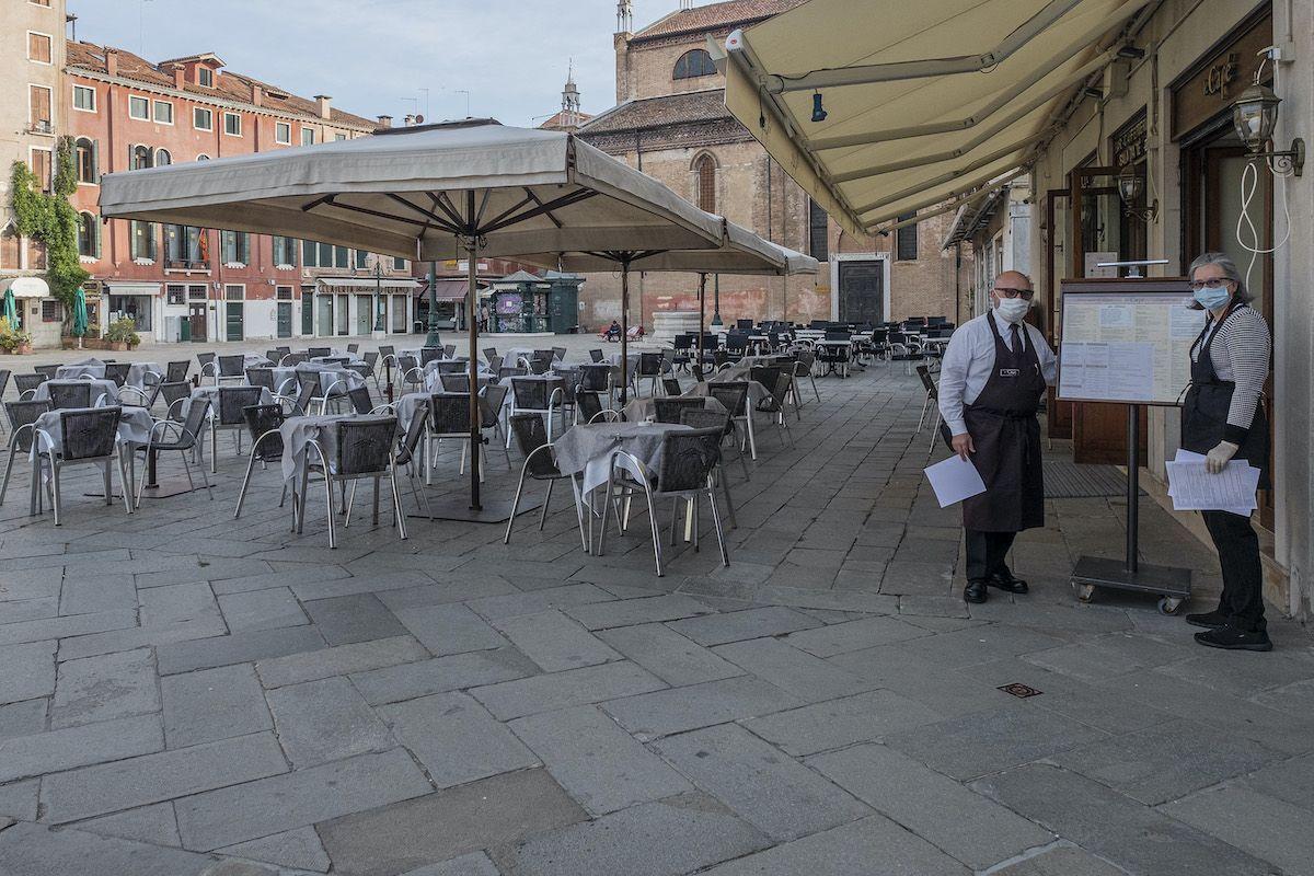 ristorante vuoto lockdown covid coronavirus Venezia