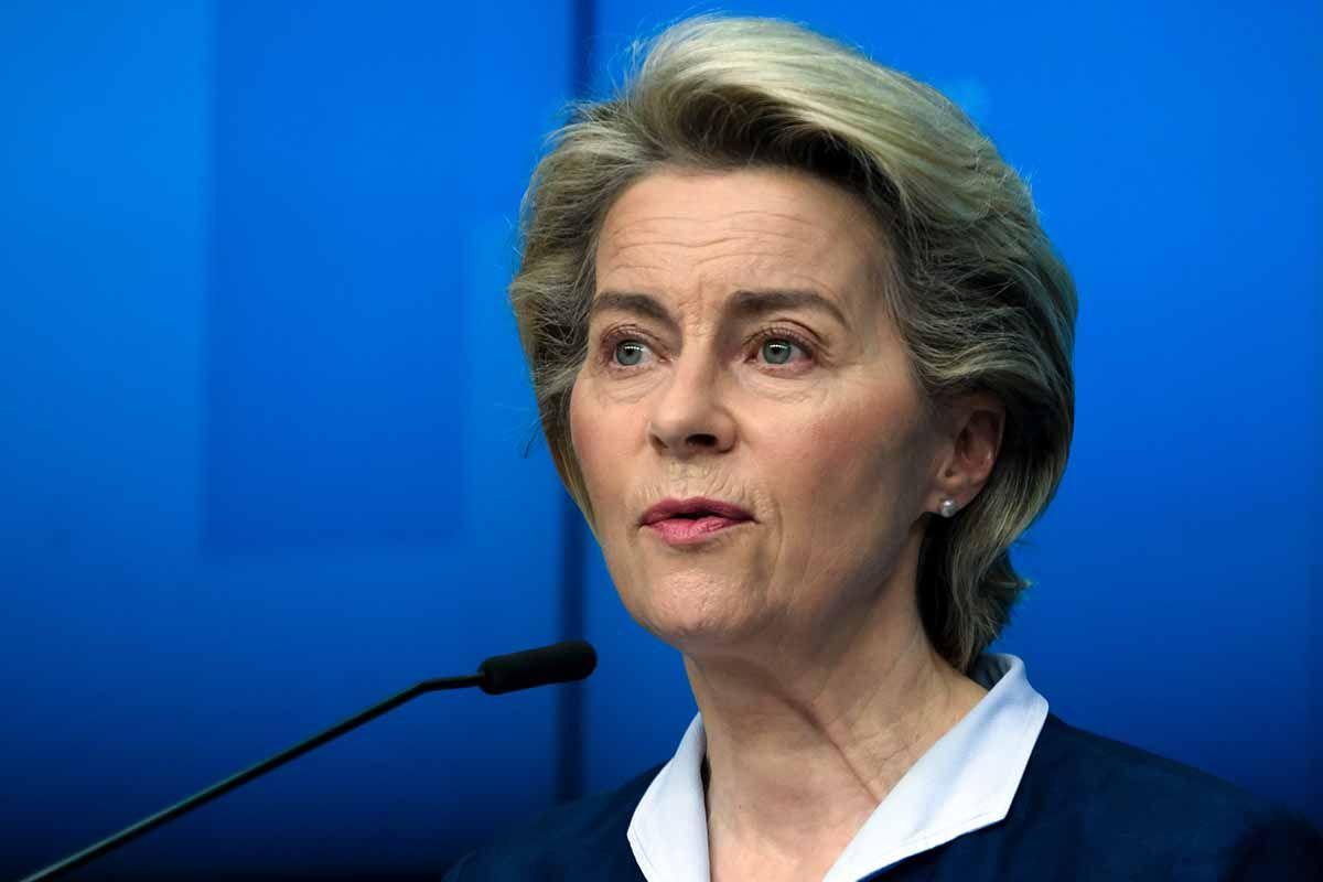 Von der Leyen: almeno 3 mesi per il passaporto vaccinale
