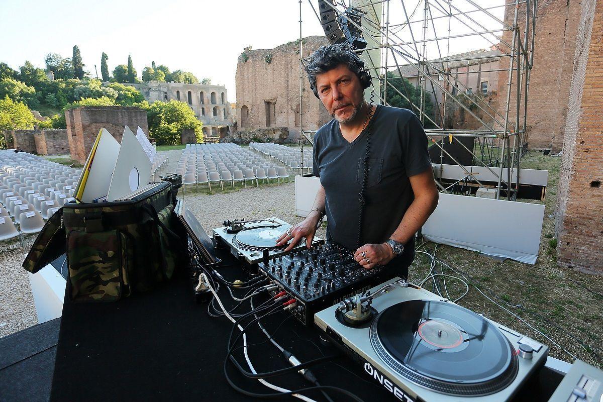 DJ Claudio Coccoluto partecipa al Festival delle Letterature 2013 presso la Basilica Di Maxenzio l'11 giugno 2013 a Roma, Itali