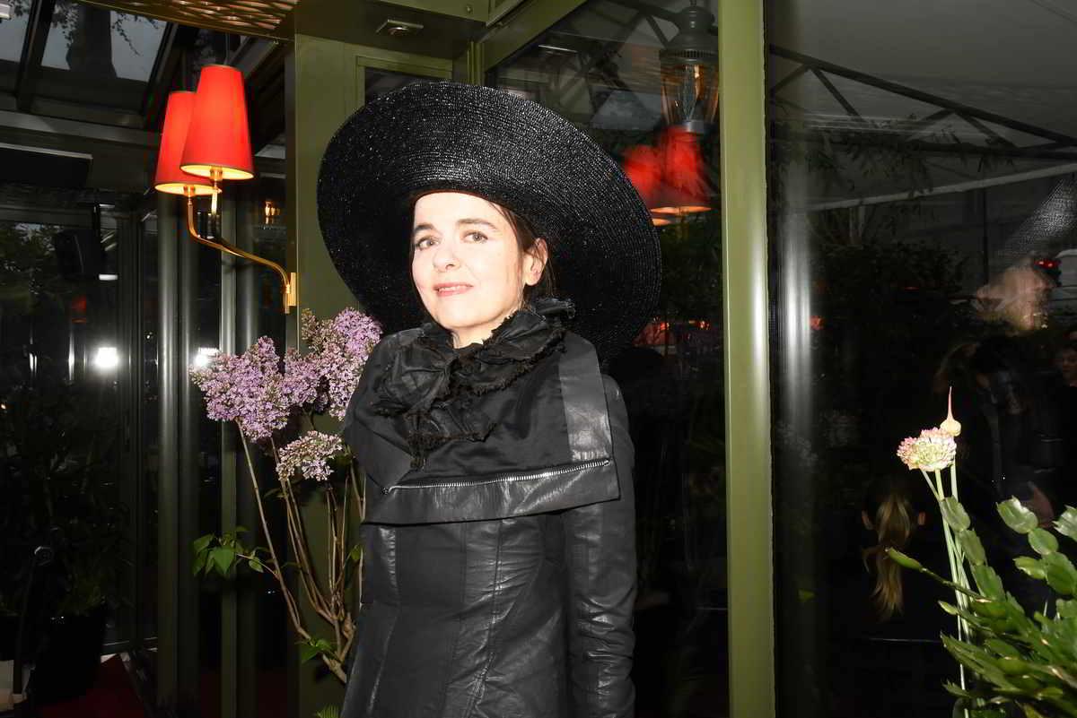 Gli aerostati, l'ultimo romanzo di Amélie Nothomb, e il potere della lettura