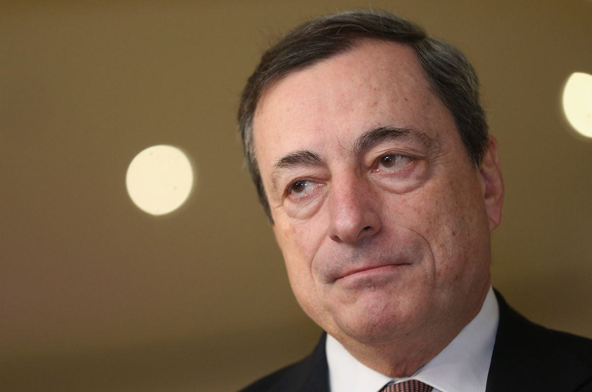 Interviene Draghi dopo il blocco del lotto AstraZeneca
