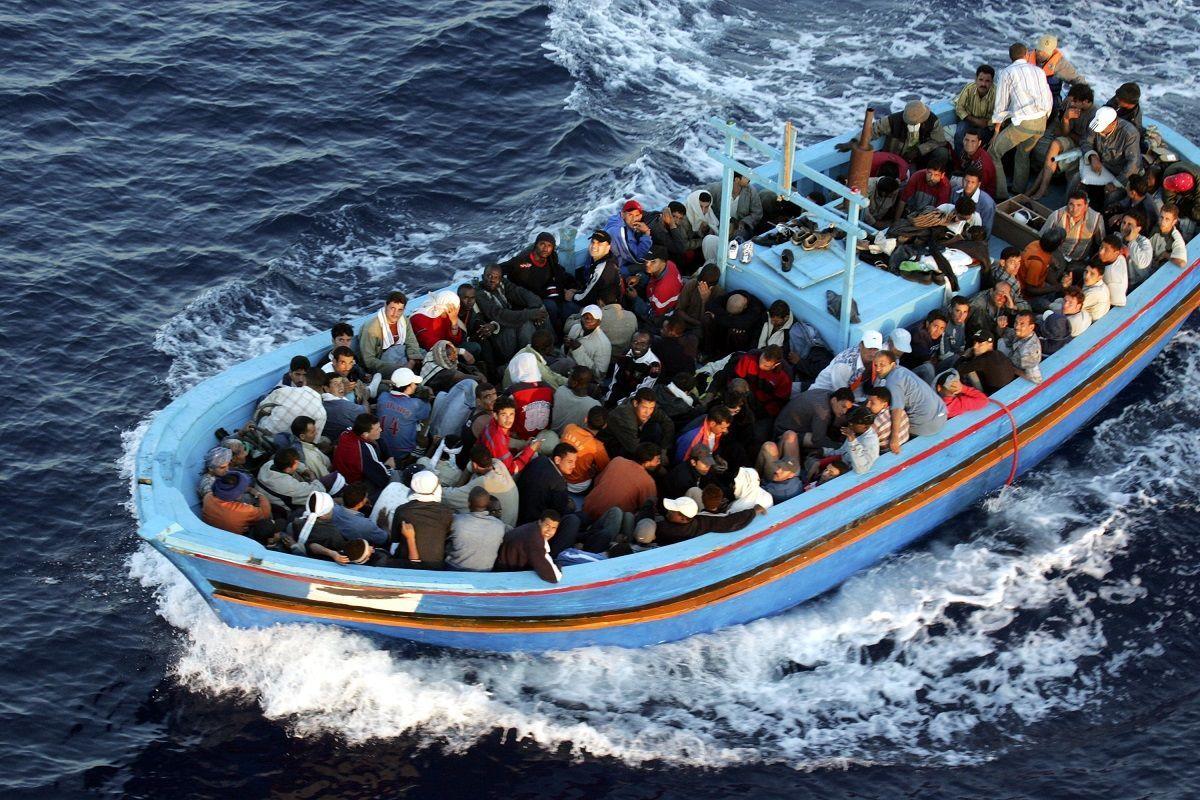 Migranti: nuovi sbarchi a Lampedusa ed ennesime vittime del Mediterraneo