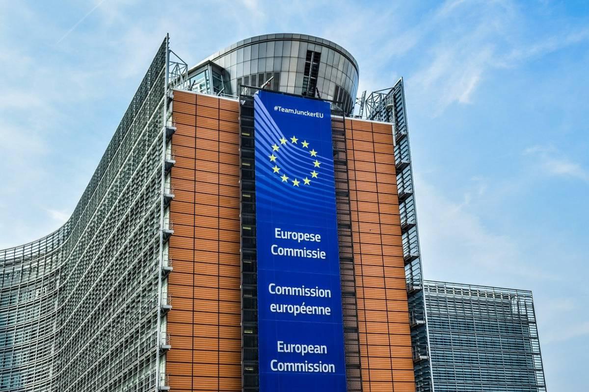 """Draghi a Orban: """"Compito dell'UE stabilire se violate i trattati"""""""