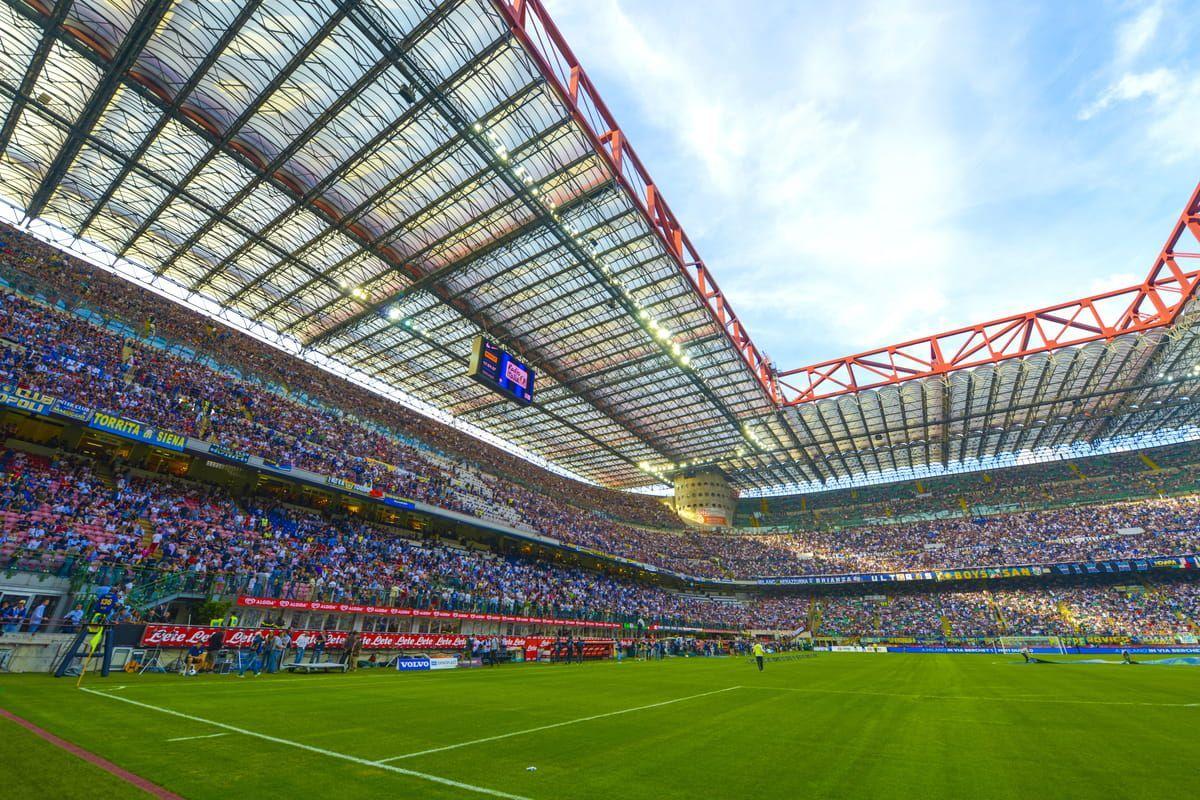 Lo stadio San Siro in Milano con limitazioni di pubblico