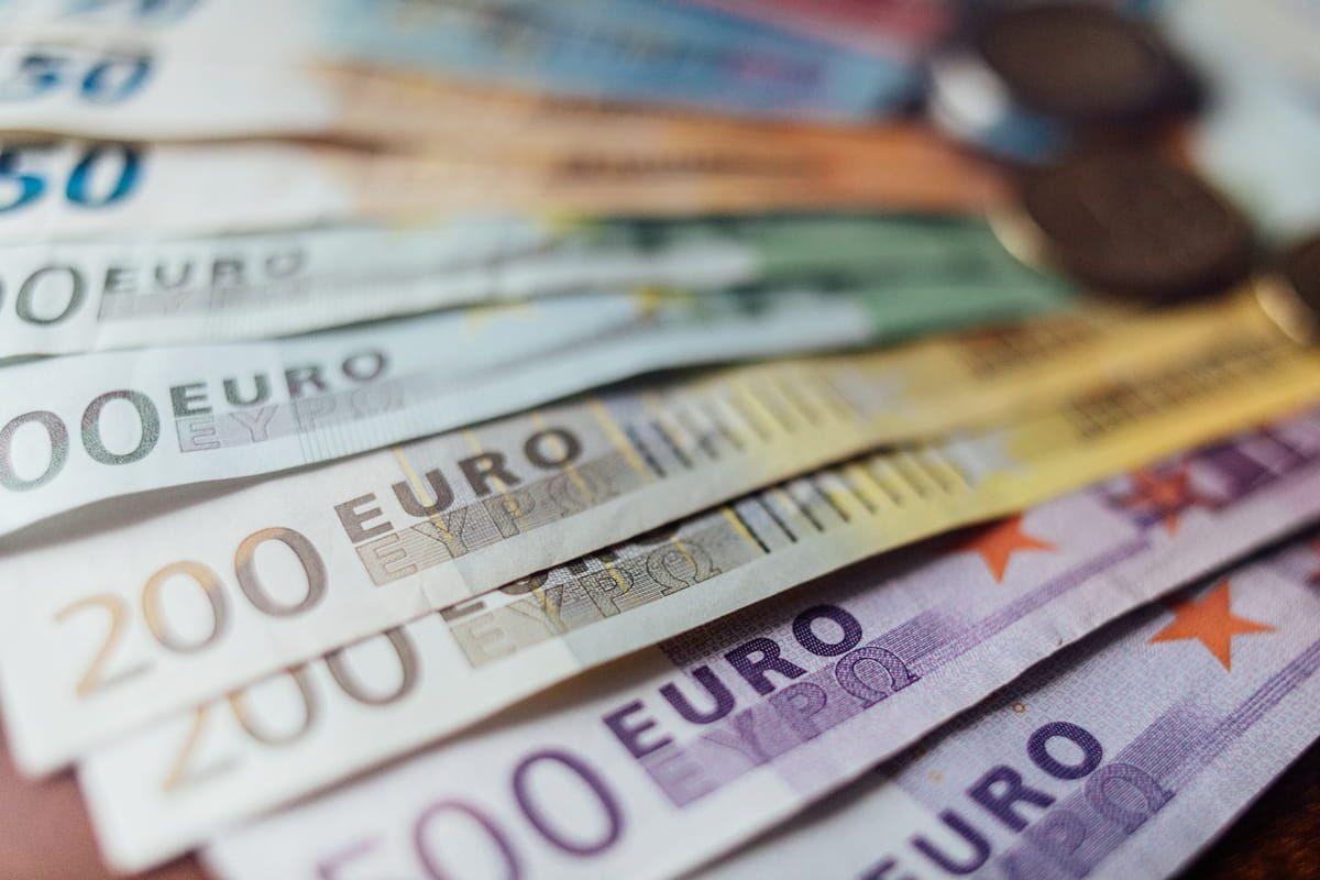 Banconote in euro di vario taglio