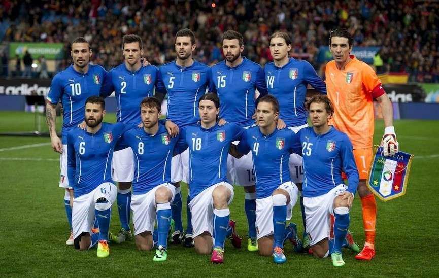Tutte le maglie della Nazionale Italiana a tutti i Mondiali
