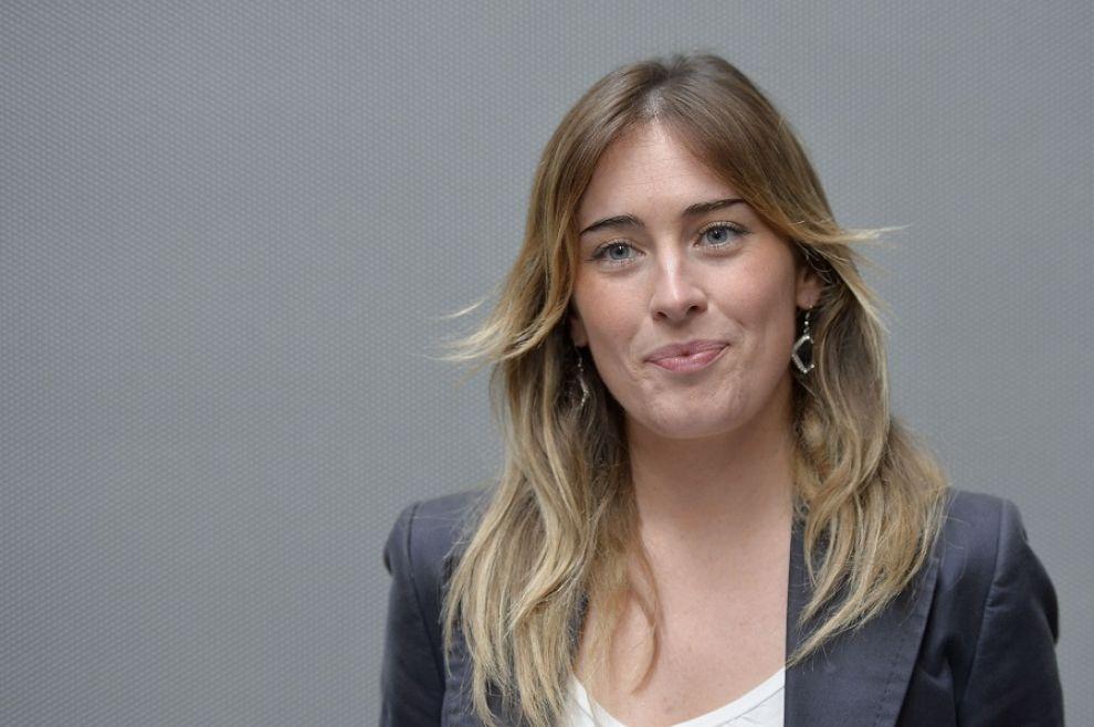 """Maria Elena Boschi: """"Giudicatemi per le riforme, non per le mie forme"""" [VIDEO]"""