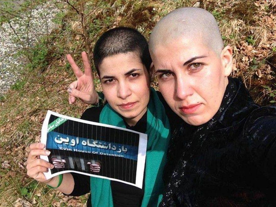"""Iran, capelli a zero per protesta contro il regime: """"Basta massacri in carcere"""""""