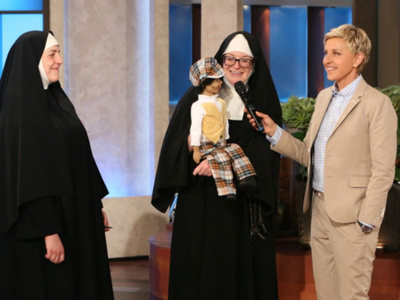 Suor Cristina di The Voice: Ellen DeGeneres fa la parodia del talent