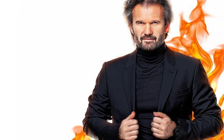 Carlo Cracco conduce Hell's Kitchen Italia, in onda su Sky Uno: l'intervista