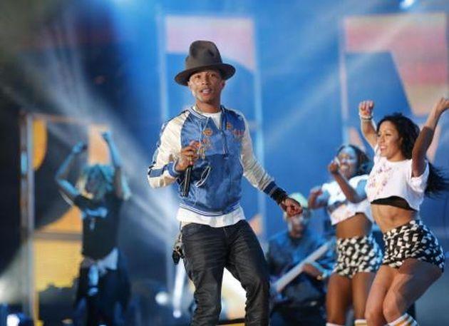 Pharrell Williams in lacrime da Oprah Winfrey