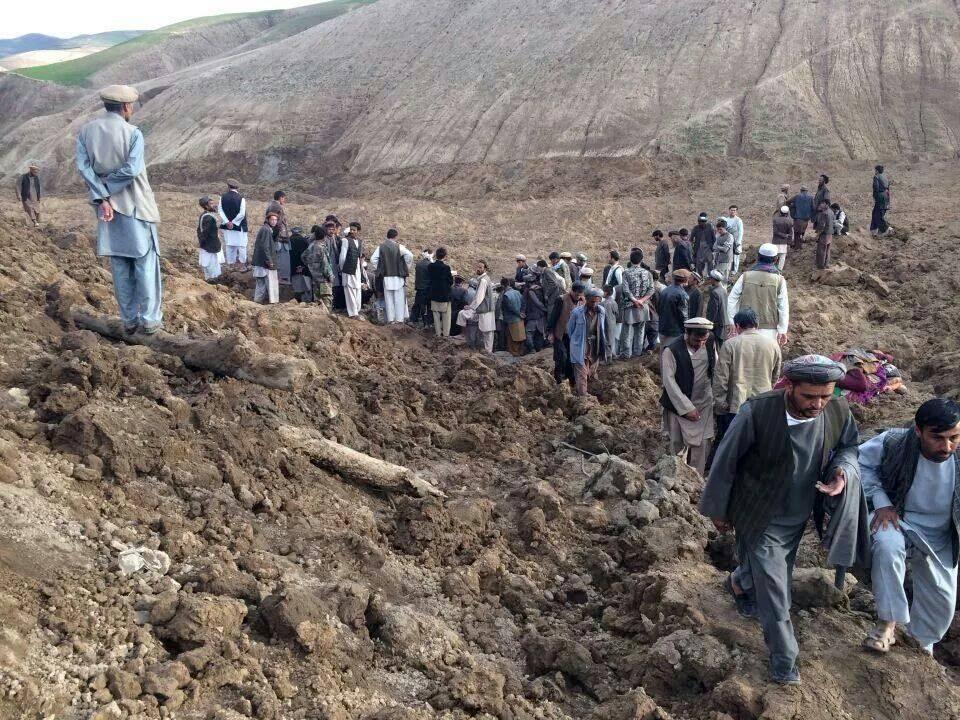 Afghanistan: frana su villaggio, migliaia di morti e oltre 4.000 sfollati