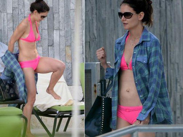 Katie Holmes in bikini fucsia