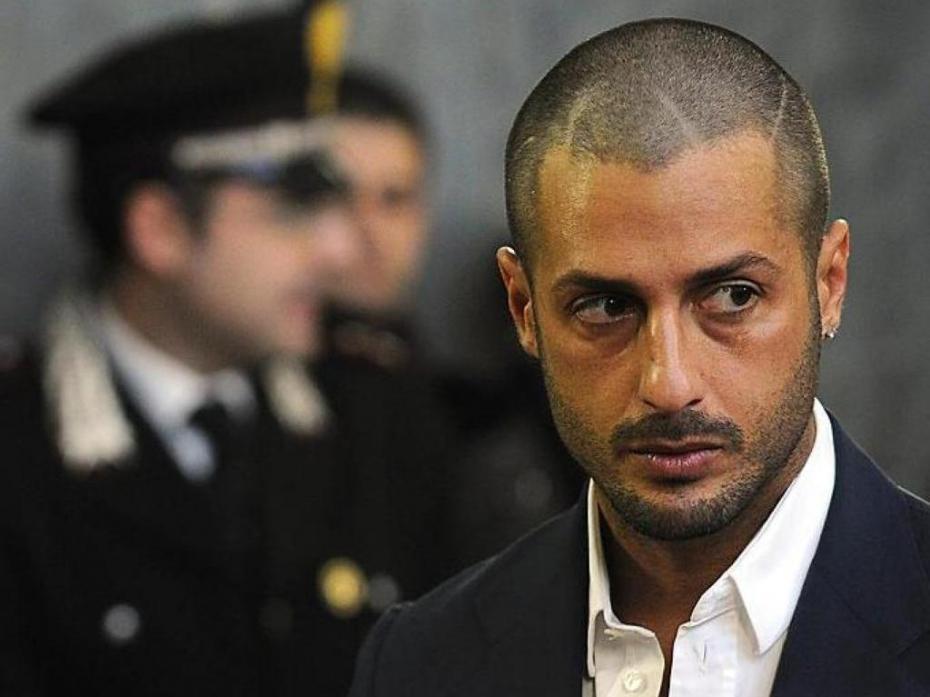 Fabrizio Corona, dal carcere la lettera choc: 'Voglio giustizia e sono pronto a sacrificare tutto. Anche la mia vita'