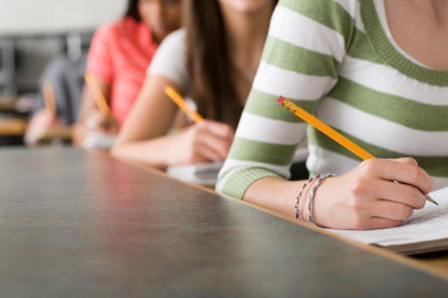 Prove Invalsi 2014: perché la scuola sciopera?