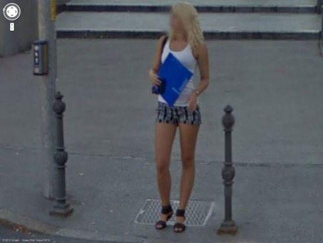 Le foto più hot di Google Maps: le più belle passanti in giro per il mondo