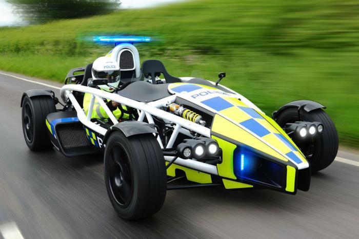 Ariel Atom Polizia: nuova arma per sensibilizzare gli automobilisti inglesi