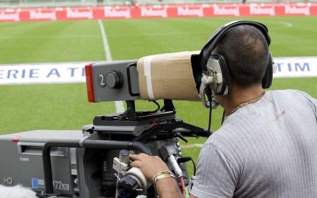 Diritti tv Serie A: è scontro tra Sky e Mediaset