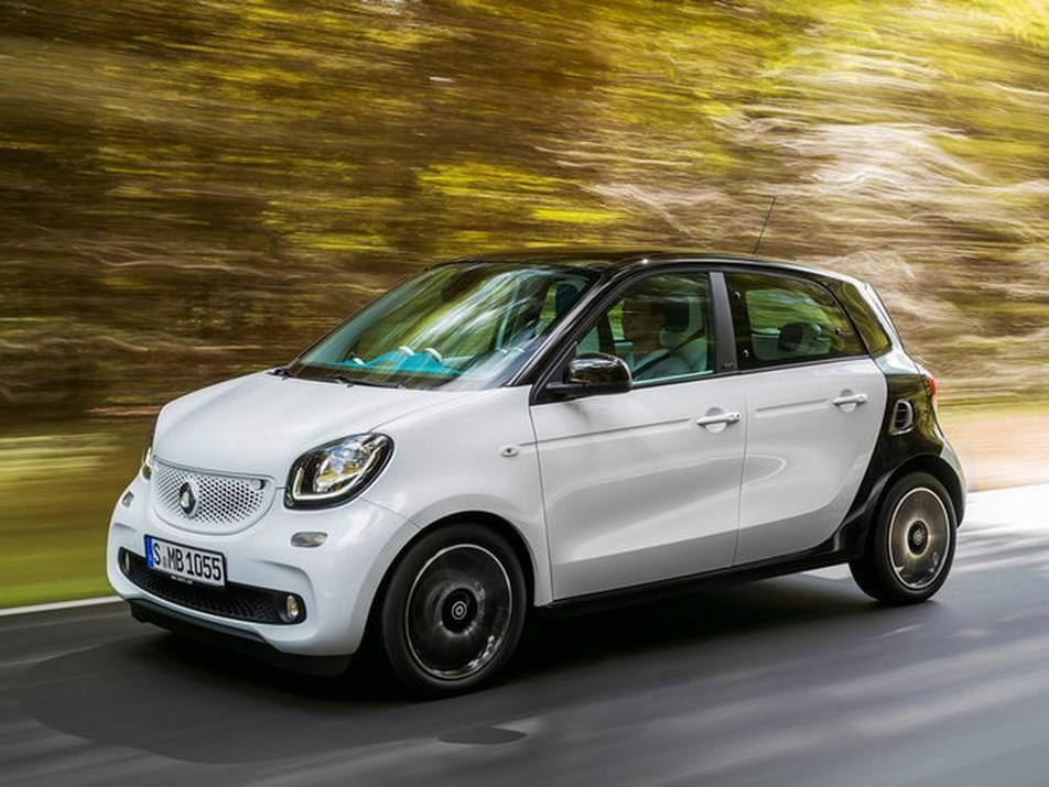 Nuove Smart ForTwo e ForFour: prezzi, scheda tecnica e motori