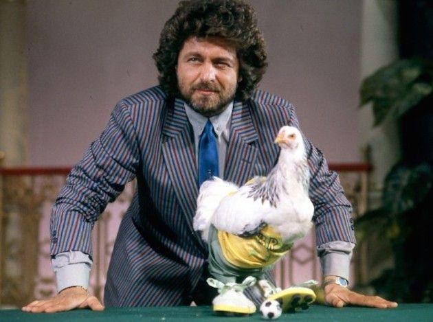Beppe Grillo compie 66 anni: com'era da giovane?