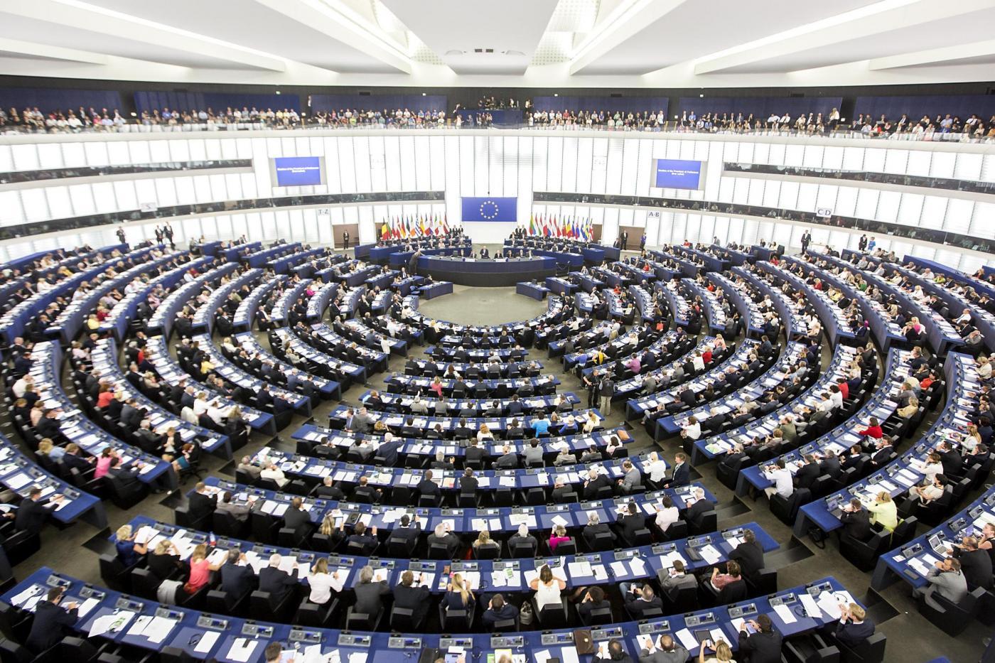 Euroscettici al Parlamento europeo: sciolto il partito di Farage