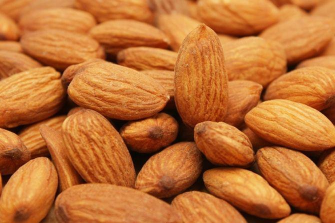 Mandorle: proprietà terapeutiche, nutrizionali e benefici