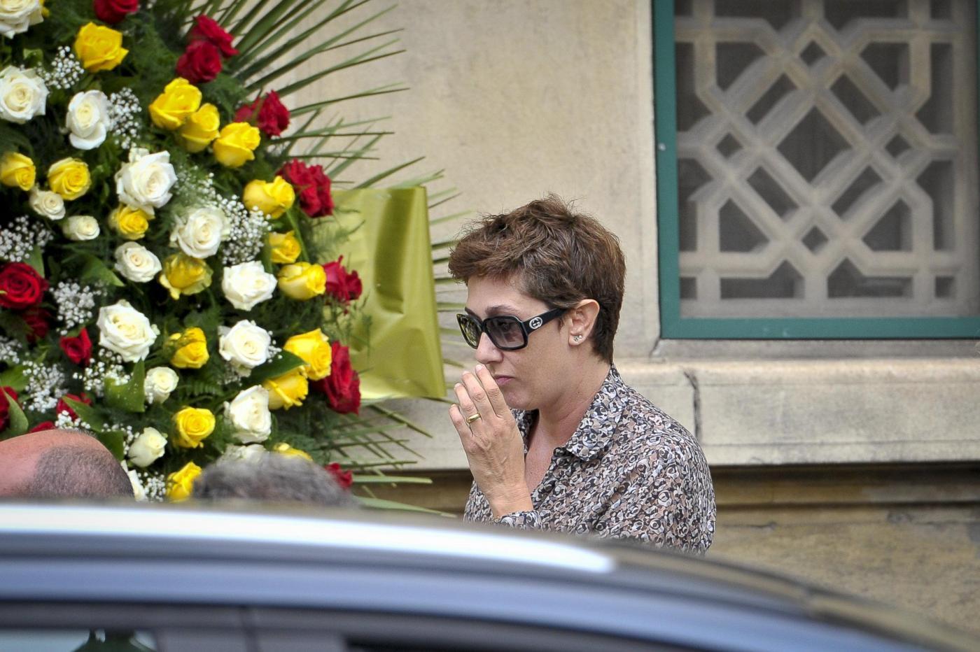 Giorgio Faletti funerali camera ardente Asti