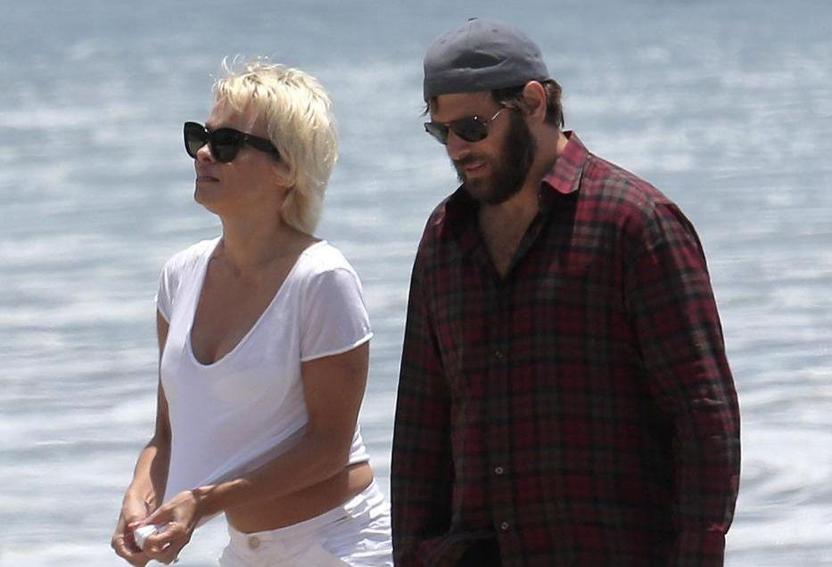 Pamela Anderson e Rick Solomon: salta il divorzio? Beccati di nuovo insieme