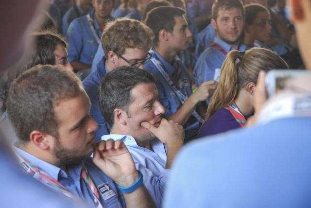 Renzi: 'Lavoro per 108mila persone', il Premier al raduno degli scout