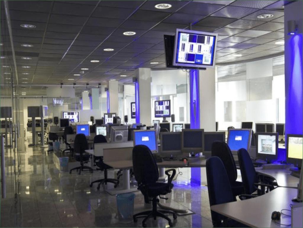 I giornalisti dal Tg5 a VideoNews, bordate a Mimun e a Mediaset: è polemica